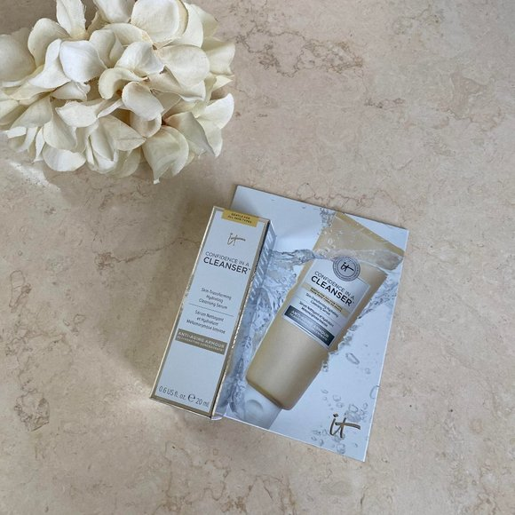 IT Cosmetics Confidence in a Cleanser Travel Size